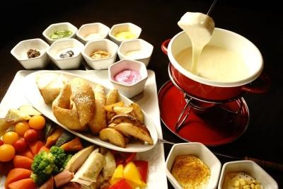 和食メインの居酒屋、串揚げ、バル、焼肉、海鮮、イタリアンなど、様々なジャンルの店舗を展開中!