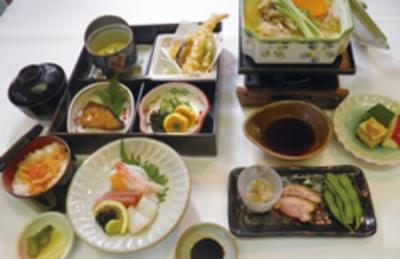 和歌山で人気のゴルフ場内のレストランで調理スタッフとして活躍!