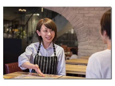「虎ノ門駅」スグの本格イタリアンのお店でアルバイト☆お客様とのコミュニケーションも楽しいお仕事です♪