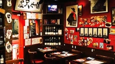 待遇充実!おいしいワインが楽しめるさまざまな業態を展開中の企業で、店舗スタッフを募集中です。
