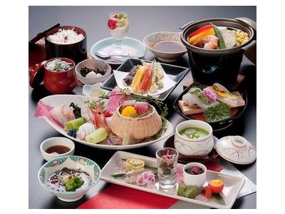 霊山・三徳山への観光拠点。三朝温泉が見渡せる宿泊施設で、料理長としてご活躍を!和食の経験が活かせます