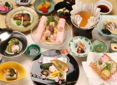 【接客なし&調理スキルも不要】黙々と作業したい方、大歓迎◎週3日~、あなたの都合に合わせたシフト組みも可能。京都の拠点となるホテルで、思い出作りのサポートを☆彡
