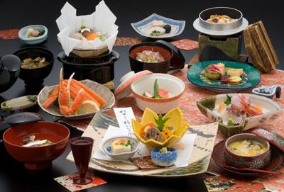 片山津温泉で展開するリゾートホテル内のレストランで、キッチンスタッフを募集します。
