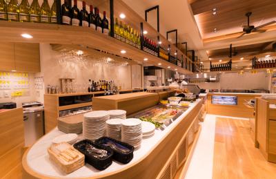 西新宿駅近くにあるホテル内レストランで副料理長のポストをご用意◎