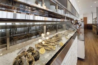 <オイスター&シーフード>安心・新鮮はもちろん、本当においしいと思える牡蠣を厳選しています。