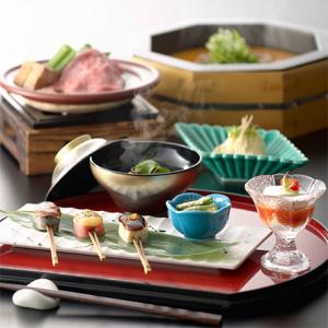 食の楽しさを伝えたいという思いで1958年に創業した、東証二部上場企業です。