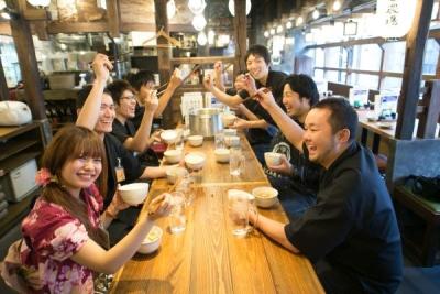 正社員もアルバイトもみんな「人が好き」「飲食が好き」だから強い団結力が生まれるんです。