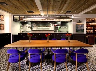 フード・インテリア・デザインなどの各分野を代表する名クリエイターが集結して造ったビストロカフェ。