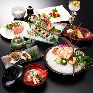 和食とイタリアン、2人のシェフが織りなす創作料理。オリジナリティー溢れる味でおもてなししています。