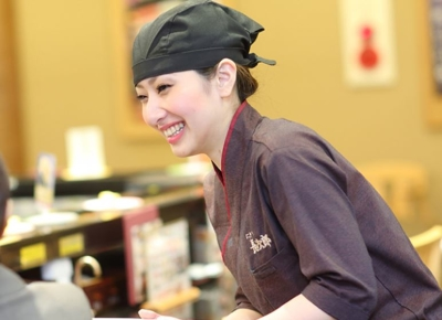 女性の副店長も活躍中!スキルに応じて早期キャリアアップも可能です。
