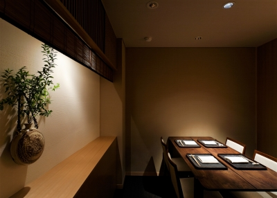 3店舗ともミシュランで星を獲得している名店。「神楽坂 石かわ」「虎白」は、三つ星を獲得しています。