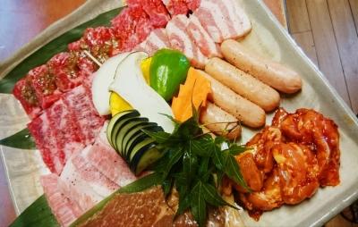 焼肉と韓国料理のお店で、将来の店長を大募集!