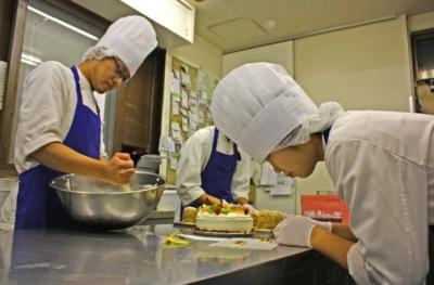 グルメサイトでも好評価を得ている、名古屋の老舗洋菓子店で新たなパティシエを募集します!