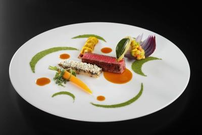 経験やスキルを活かして働きながら、あなたも料理を通してお客様をおもてなししてください!