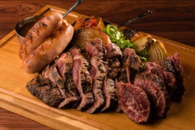 2017年11月にオープンした、まだめずらしい肉バルです。
