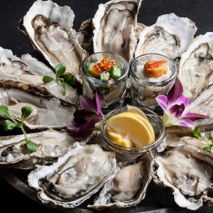 産地より直送! 活生牡蠣食べ比べは人気の1品