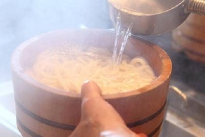 【埼玉県の各店舗】世界でも支持されるおなじみの讃岐うどん店&ハワイアンパンケーキが人気のカフェ