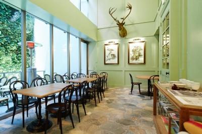 ニューヨークスタイルのオシャレでカジュアルなレストランバーでキッチンスタッフ募集!