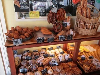種・卵・小麦粉・水・塩・具材など、すべての素材にこだわった当店で、オンリーワンのパンを作りましょう。