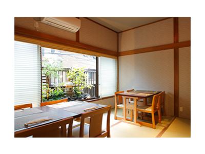 JR根岸線「石川町駅」より徒歩2分の好立地にあるので、通勤も便利です。
