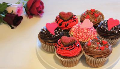 2015年に日本初上陸!英国で大人気のカップケーキブランドの日本一号店で勤務してください。