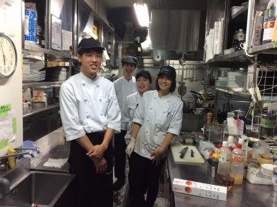 週1日~勤務OK!梅田駅スグの好立地にあるオシャレなイタリアンダイニング◎料理スキルが上がりますよ☆