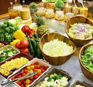 名古屋・三河エリアで、カフェ、レストラン、バル、肉の専門店のFCなど13業態・24店舗を展開中!