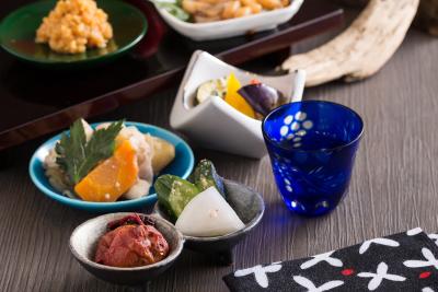 日本の伝統的な発酵調味料を使い、身体のことを気遣ったメニューが好評です。