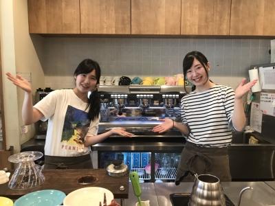 イチからカフェ業務を学びたい方必見!接客から調理まで幅広いスキルが身につく環境です。研修あり◎