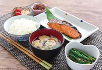 毎日3食のお食事と、おやつの調理をお願いします。