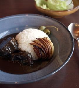 厳選食材を使った洋食メニューも大人気です。