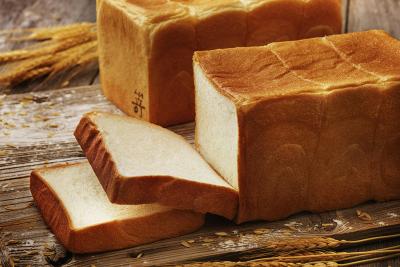 こだわり抜いた厳選素材のみを使用した「極美食パン」