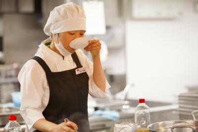 「安心・安全な健康食」をつくるお仕事です。調理経験のある方、大歓迎です!