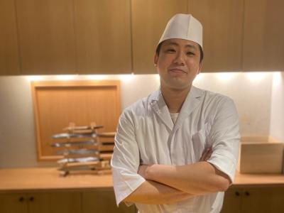 都内を中心に展開する正統派江戸前鮨店で、寿司職人を募集します!