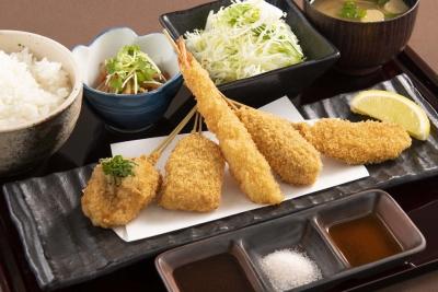 「串カツ×シャンパン」という新たな串カツ文化を広める「串亭」を、一緒に盛り上げてくれる方を大募集◎