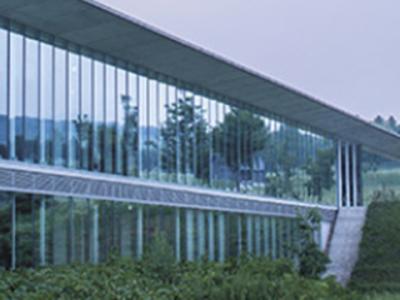 当社は、1958年創業の東証一部上場の企業。安定して長くご活躍できます。