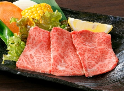 茨城県内の3店舗!厳選和牛にこだわる焼肉店で、キャリアアップをめざそう。