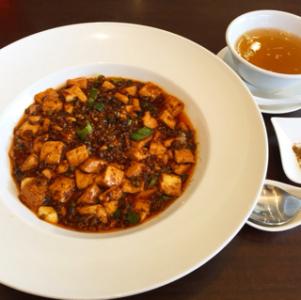 オーナーは東京の上海料理店で店長として活躍していた実力者です。