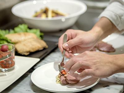 厳選された地元北海道の食材をふんだんに使用