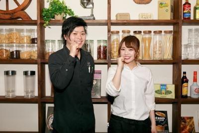 """新宿・歌舞伎町の""""夜カフェ""""でキッチンスタッフ募集。あなたのセンスを発揮できるステージです!"""
