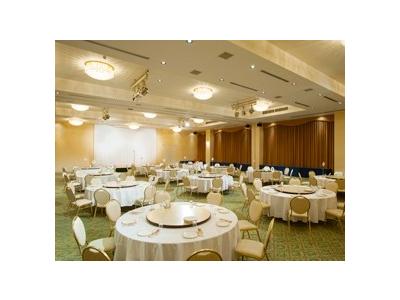 宴会や会食なども調理もあり、幅広い経験が積める環境です