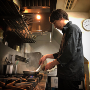 堂島にあるイタリアンレストランで、調理スタッフとしてスキルアップしよう!