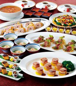フレンチレストランまたは、中国料理レストランにて、調理スタッフを募集します!