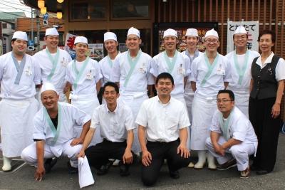 創業から37年以上業歴のある老舗。幅広い客層ニーズをキャッチする回転寿司店です。