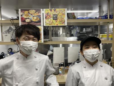 今大注目の客席を持たないデリバリー専門店でアルバイトしよう♪調理が好きな方には、ピッタリのお店ですよ