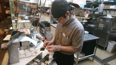 アルバイトを退職後、出戻りで社員となった藤本さんにインタビューしました。