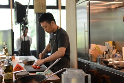 2020年6月に新しくオープンするホテル内レストランでの調理業務です!