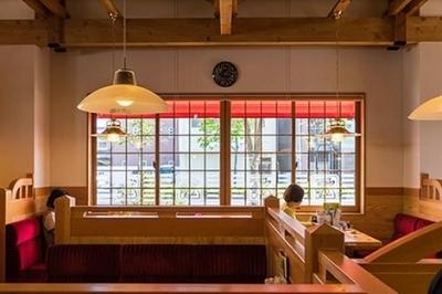 岡崎にある有名カフェブランドで正社員の店舗スタッフを募集!