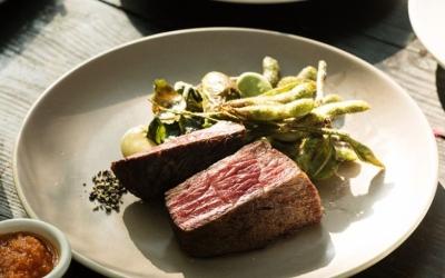 鎌倉の食材と自然が楽しめるレストラン。幅広い調理技術を身に着けられる、料理長候補の募集です!