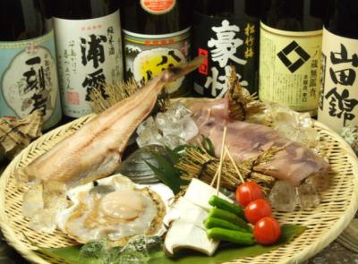 日本各地の産地から独自のルートで安く取り入れ、届ける居酒屋です。